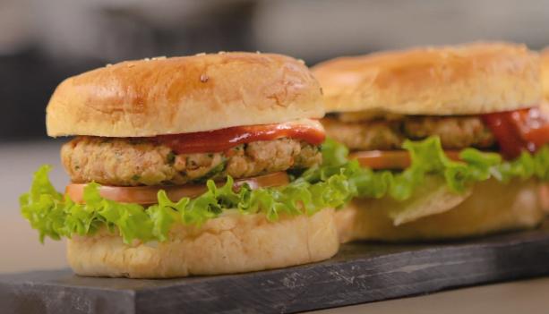 Riquísima receta de hamburguesas de atún