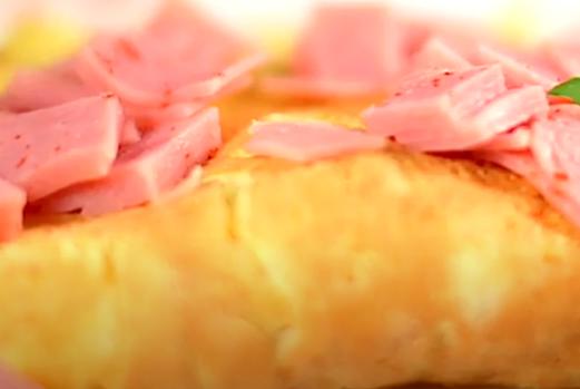 Omelette de Jamón Sandwichero