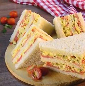 Sandwich de pollo-Listo para comer