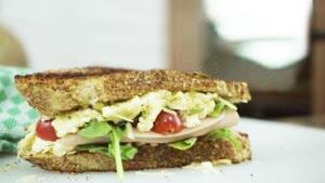Delicioso Sándwich con jamón de pavo Sofía