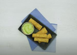 Palmitos rebozados + salsa de palta con mayonesa